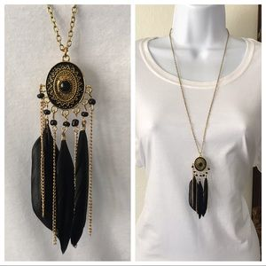 Jewelry - Vintage Women Boho Feather Pendant Long Necklace.